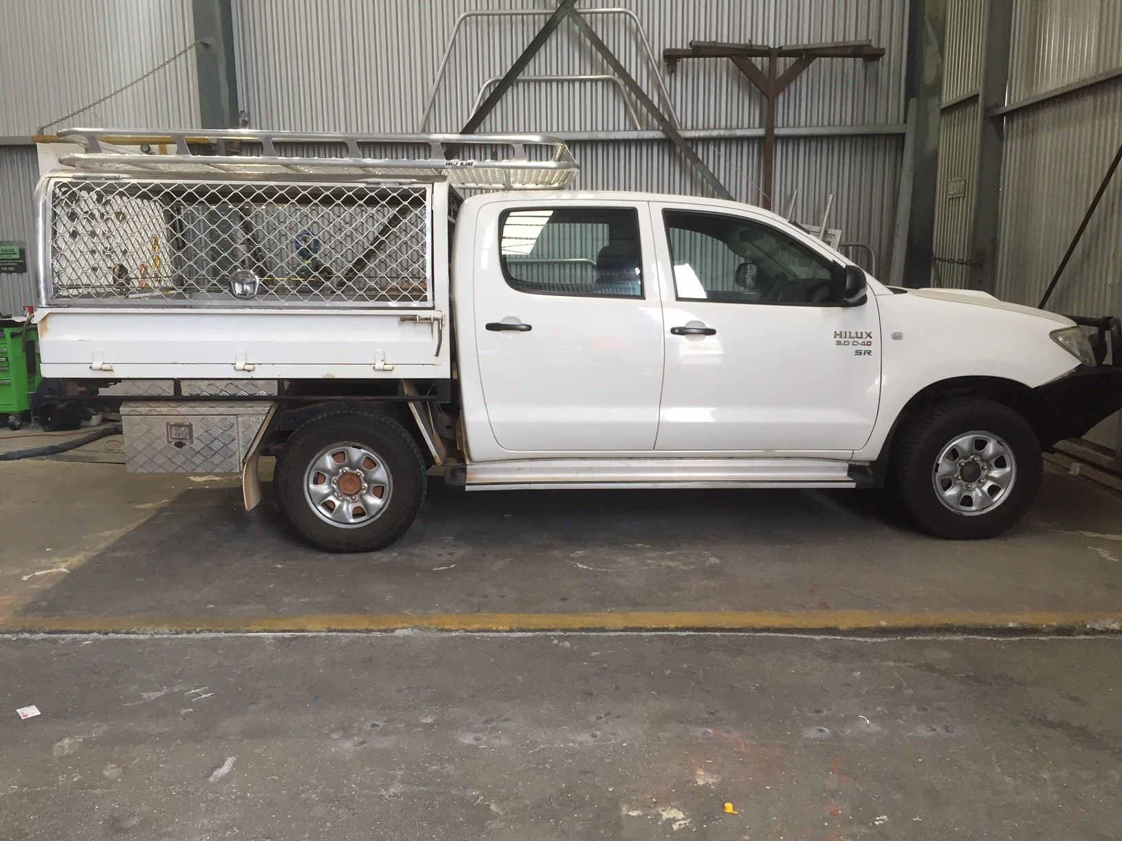 Canopy Hilux dual cab tray back & Aluminium Ute Canopy Perth | Great Racks