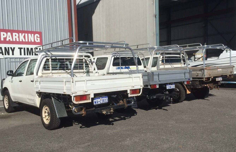 Hilux dual cab tray back & Tradesman Roof Racks Perth | Tradie Roof Racks | Great Racks