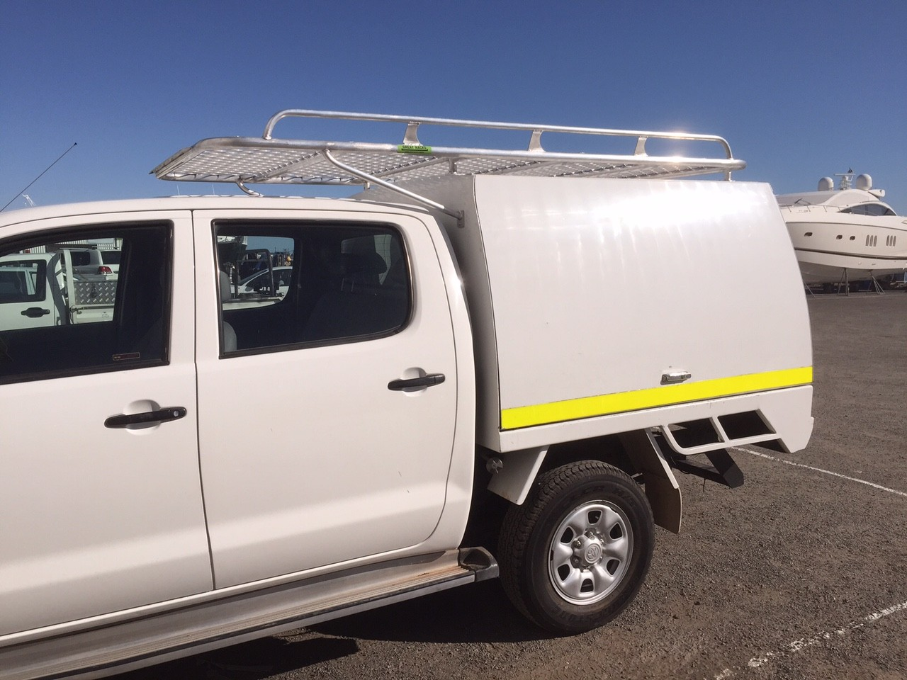 Ford 4×4 Van >> Toyota Hilux Rear Ladder Rack. Ozrax: Australia Wide Ute Gear Ute Accessories Ladder . File:2002 ...