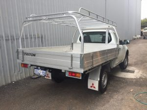 Mitsubishi Triton single cab tray back