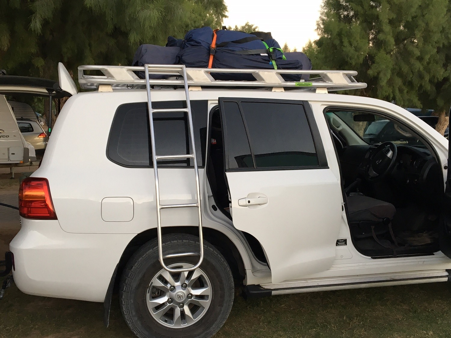 Ladder Roof Rack >> Wagon Roof Racks | Great Racks