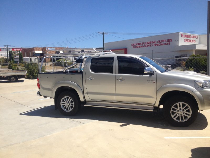 Tradesman Roof Rack On Dual Cab Toyota Hilux Archives